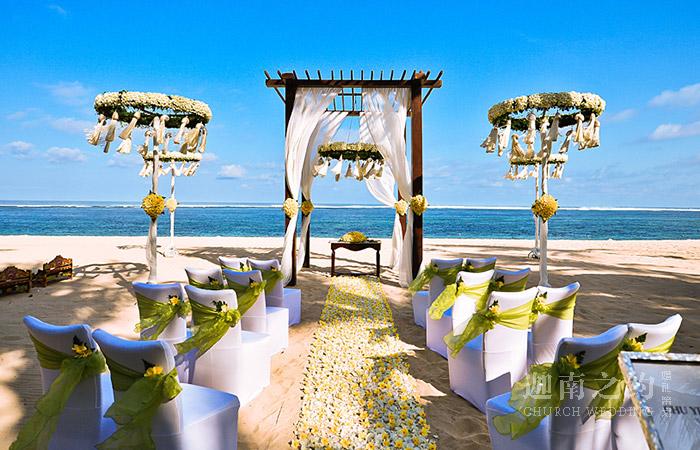 海滩主题婚礼策划案例_爱的交织